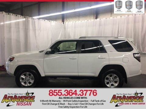 Pre-Owned 2017 Toyota 4Runner SR5 Premium with Navigation & 4WD